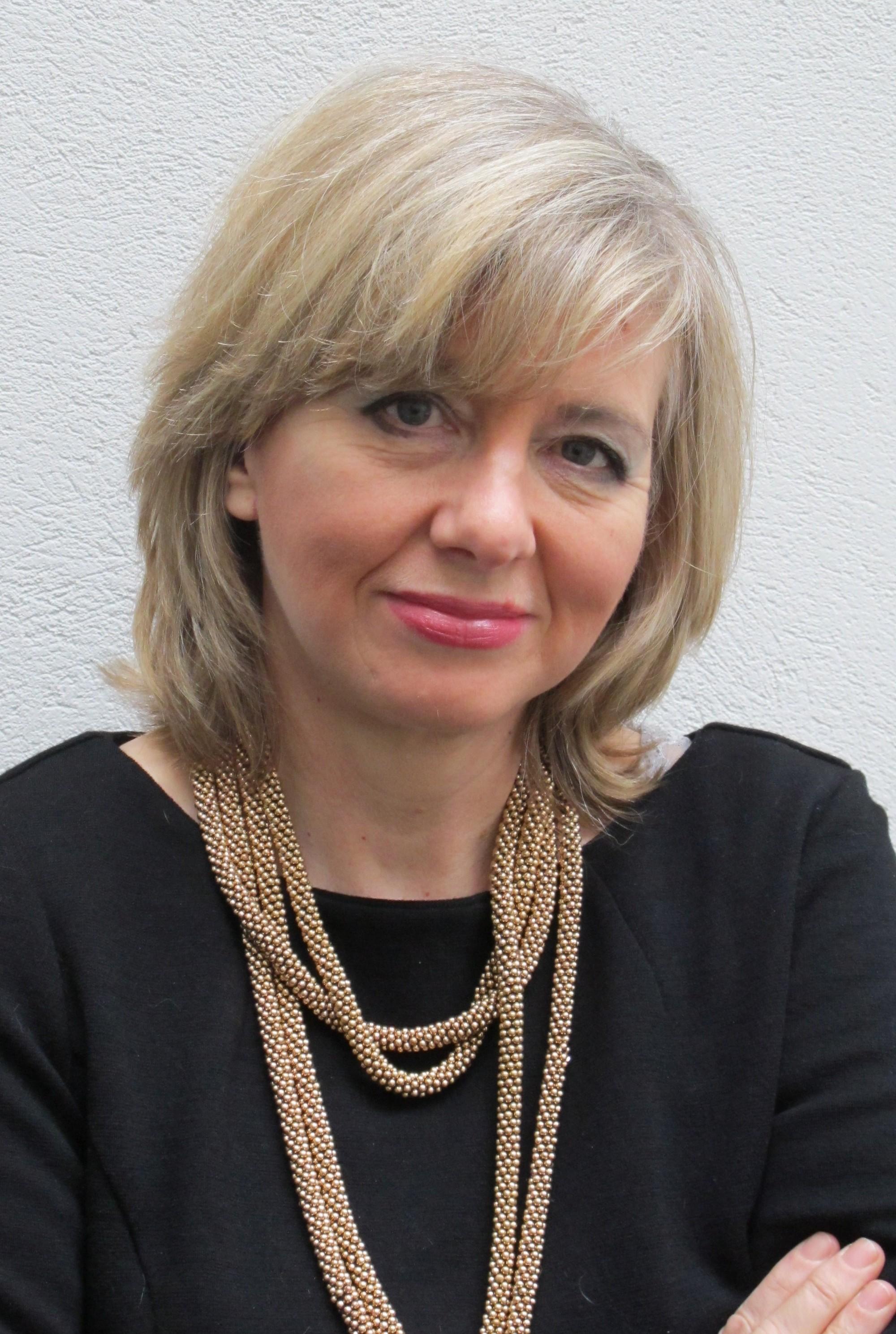 Alison Elliott (II)
