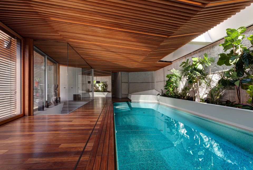 Home spa archdaily - Jacuzzi para interior ...