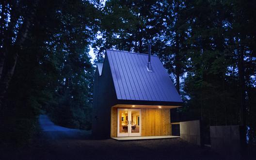 Polygon Studio / Jeffery S. Poss Architect  + Workus