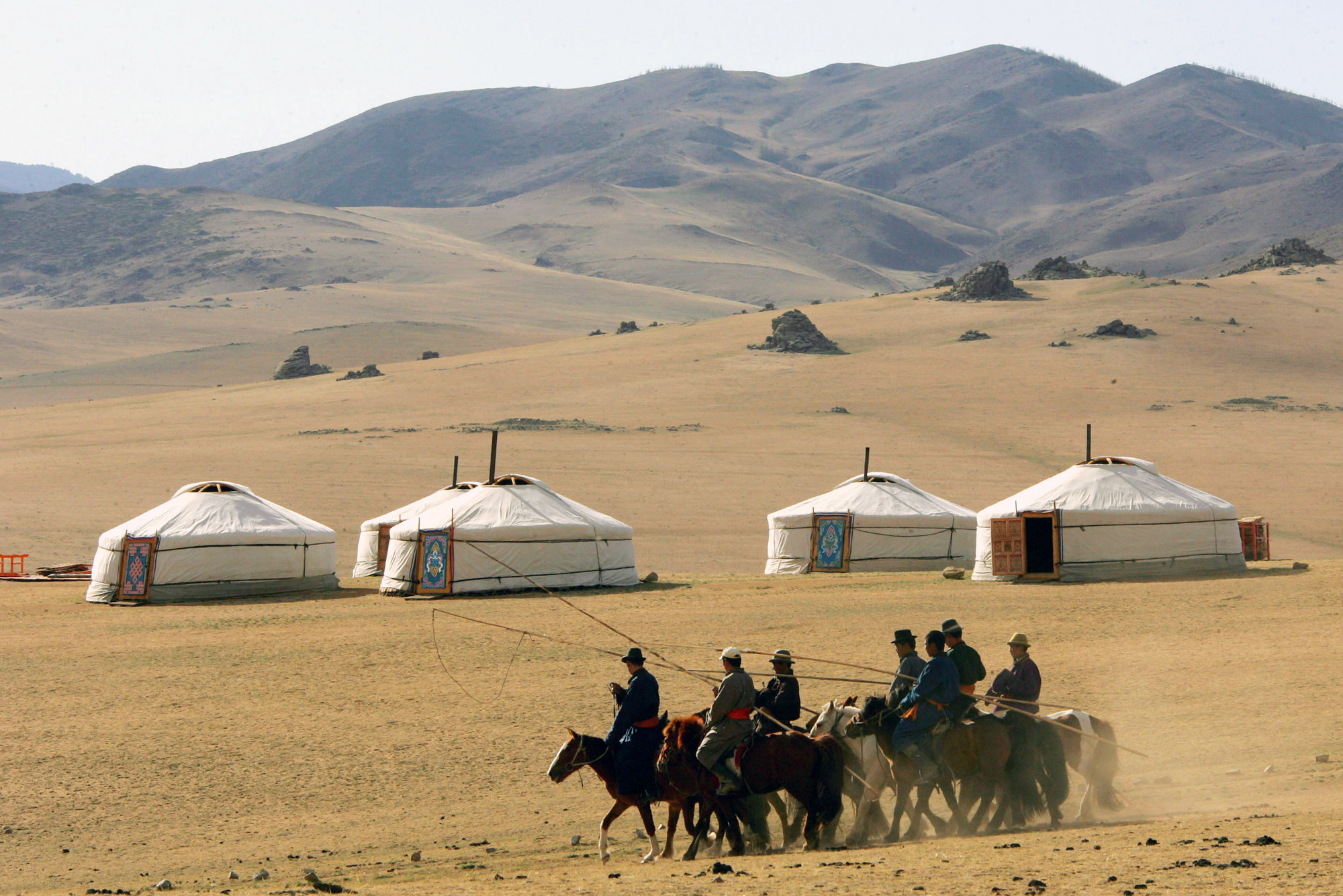 Arquitectura Vernácula: Yurtas, Viviendas Nómades en Mongolia, © Reuters