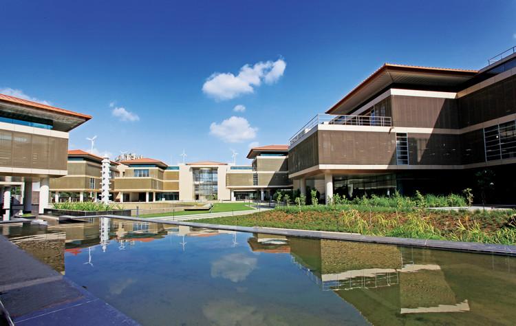 Suzlon One Earth Global Corporate Headquarters / Christopher Benninger , © A. Ramprasad Naidu