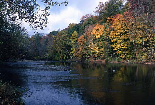 Fall_cuyahoga_river5_tom_jones