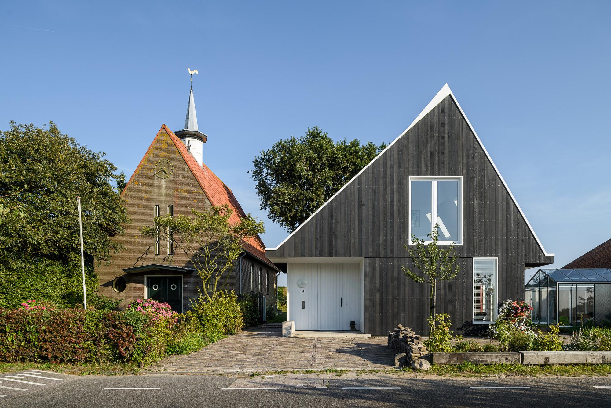 House in Uitdam / Korteknie Stuhlmacher Architecten, © Moritz Bernoully