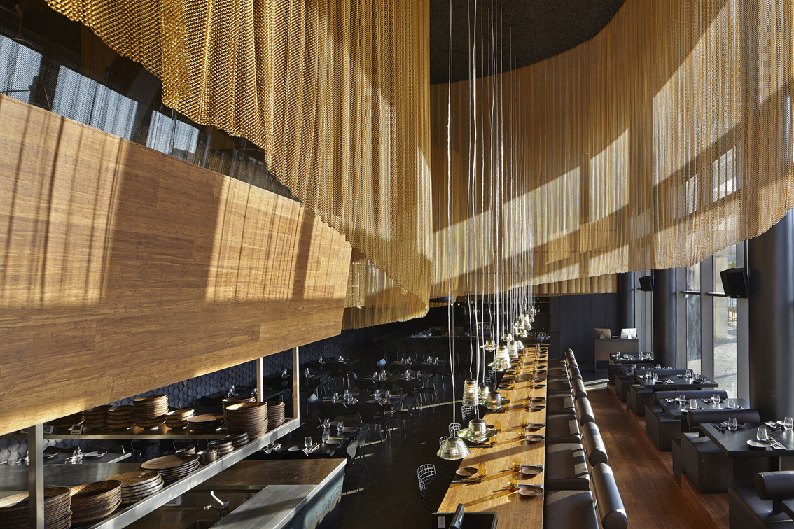 Topolopompo Fire Kitchen / Baranowitz Kronenberg Architecture Ltd, © Amit Geron