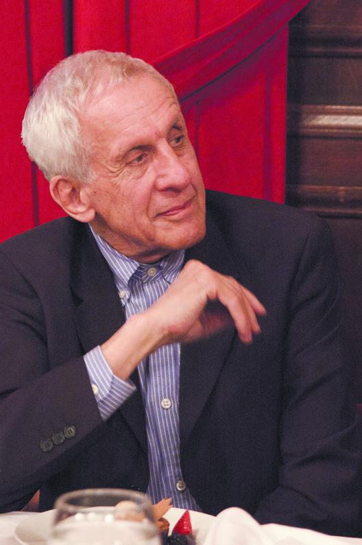 Kenneth Frampton receberá Prêmio Carreira da Trienal de Lisboa e dará duas conferências em Portugal