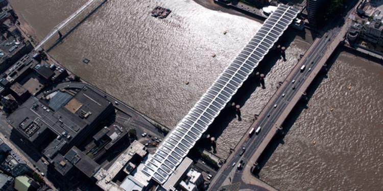 Inaugurada em Londres a maior ponte de energia solar do mundo, © Network Rail