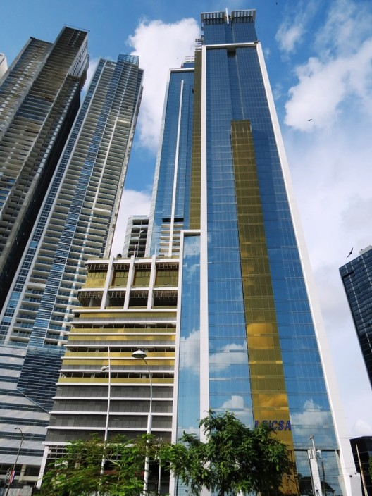Panamá, único país latino-americano no ranking de arranha-céus mais altos do mundo de 2013, Bicsa Financial Center . Image via Skyscrapercity