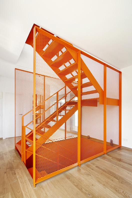 Vivienda ct mycc plataforma arquitectura - Escalera metalica prefabricada ...