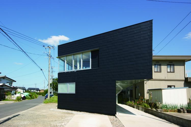 Casa con dos puntos de enfoque / Daigo Ishii  + Future-scape Architects, Cortesía de Future-scape Architects