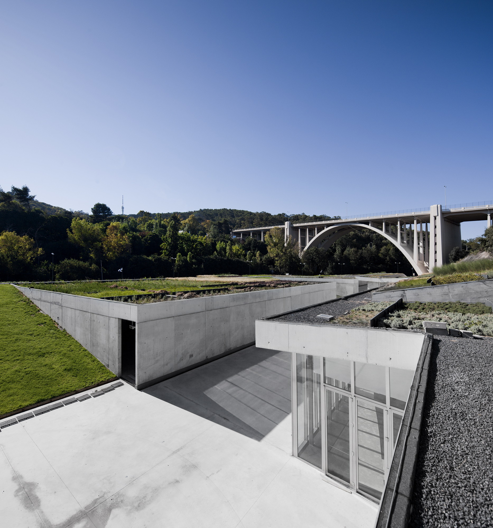 Manuel aires mateus office archdaily - Arquitectura minimalista ...