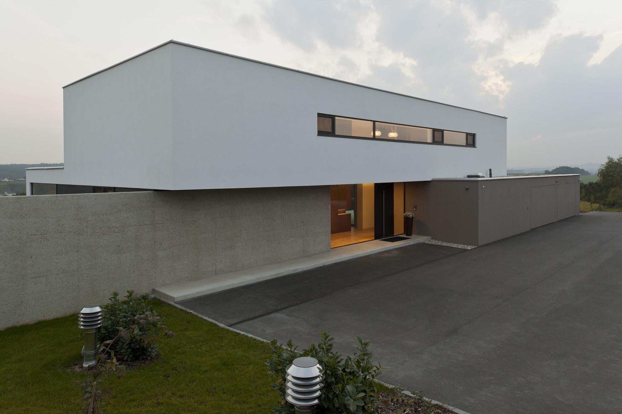 Elegant House P