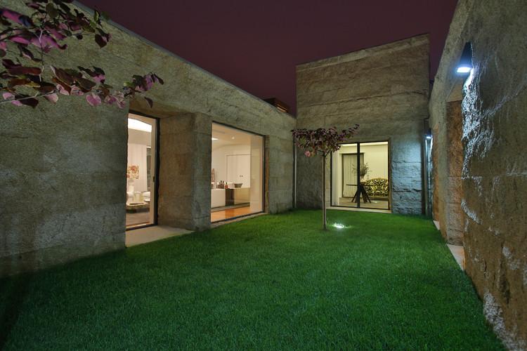 Habitação MC / RDLM Arquitectos Associados, © Diamantino Catarino, New Layers