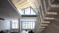 Wulumuqi Road Apartment / SKEW Collaborative