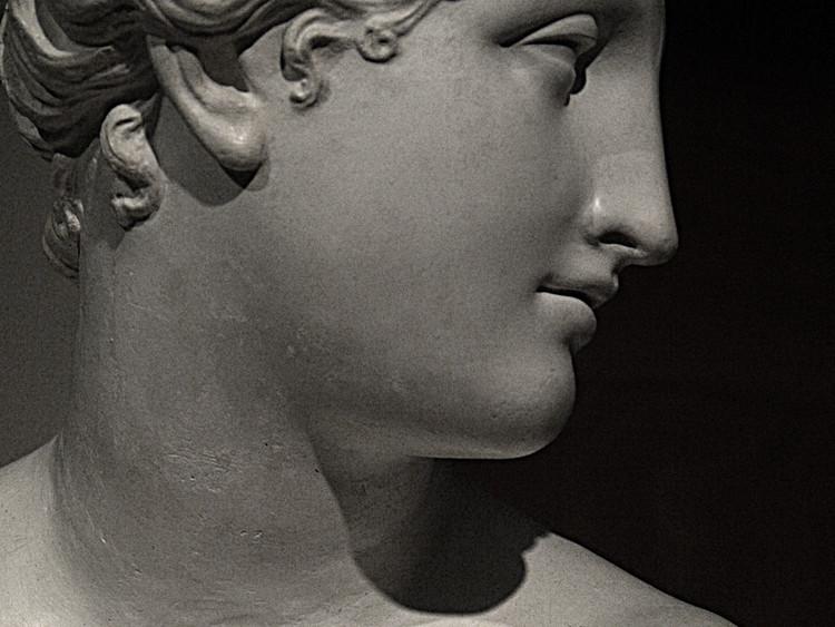 Novo compêndio de lições de arquitetura / Jean-Nicolas-Louis Durand, Vênus de Itálica, Antonio Canova, 1805. Image © Flickr Ana Belén Cantero Paz (CC AT)