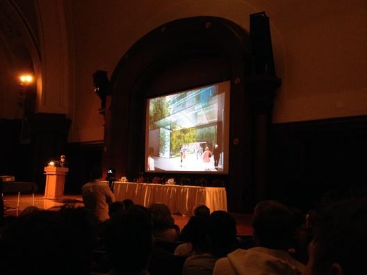 Liz Diller presents the plans for the MoMA Expansion. Image © Sebastian Jordana