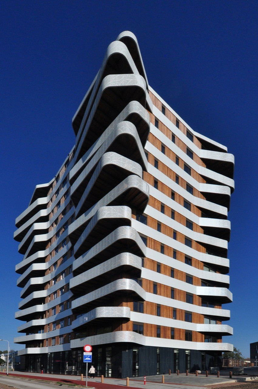 Round up 5 striking examples of social housing archdaily for Architecture rennes