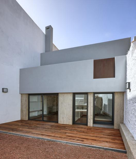 Archivo arquitectura entre medianeros archdaily m xico - Vivienda entre medianeras ...