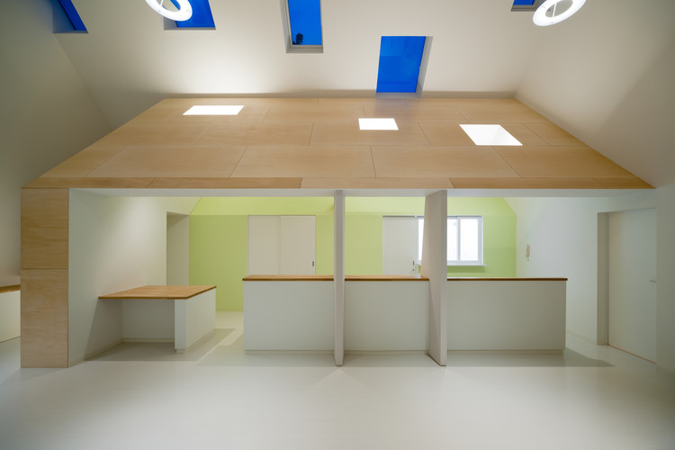 Farmacia Kinubashi / Soeda y Arquitectos Asociados., © Takumi Ota