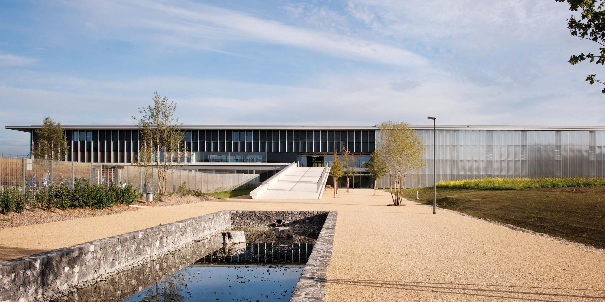 Galeria de complexo industrial bobst richter dahl rocha for Bo architecture 4 1