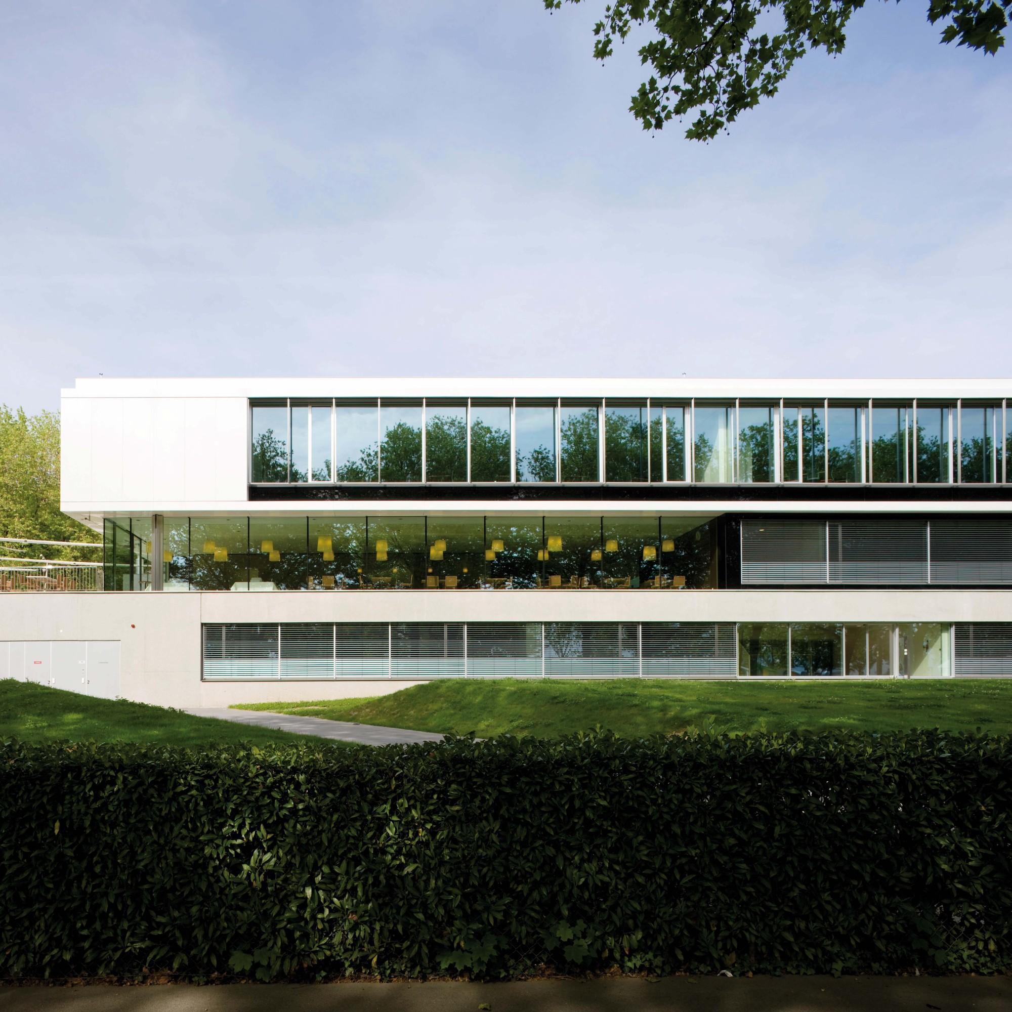 IMD Mærsk Mc-Kinney Møller Center / Richter Dahl Rocha & Associés, © Yves André