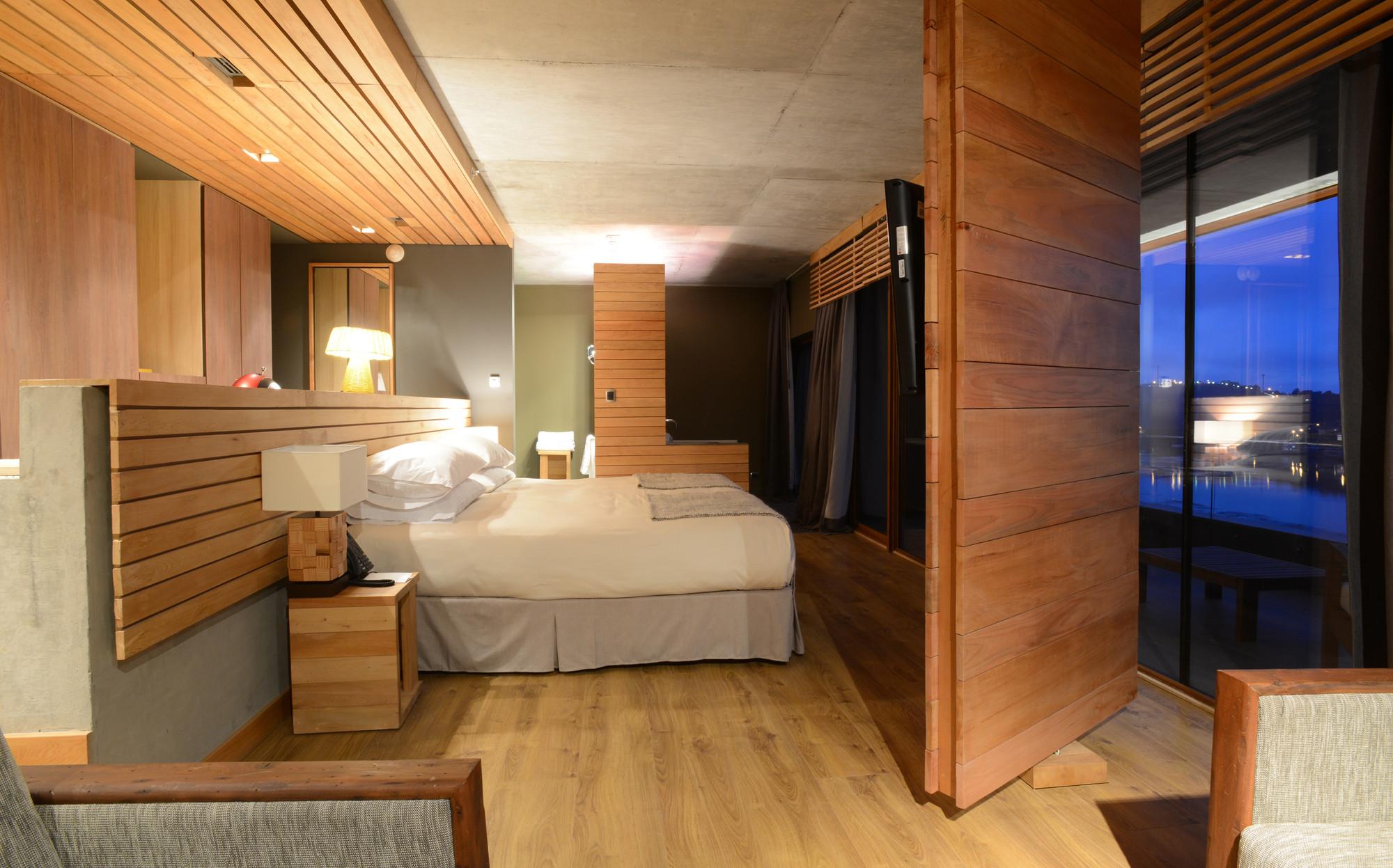 Galeria de hotel de la isla estudio larrain 11 - Hotel la garriga de castelladral ...