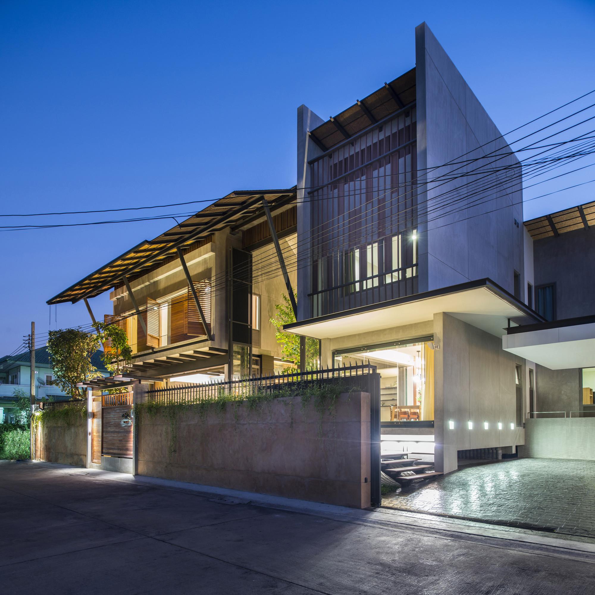 Baan Yo Yen / TA-CHA Design