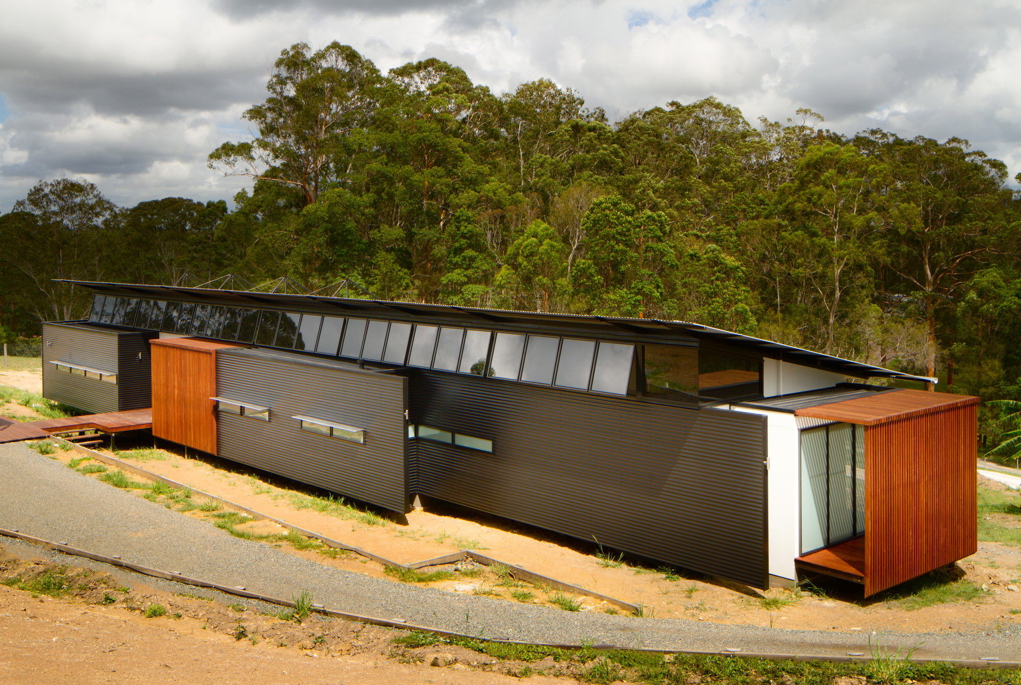 Wallaby Lane House / Robinson Architects, © Nic Granleese