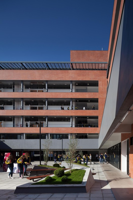 CEAT / Giugliani Arquitetos - GAS + Etges Bammann Arquitetura - EBA, © Marcelo Donadussi
