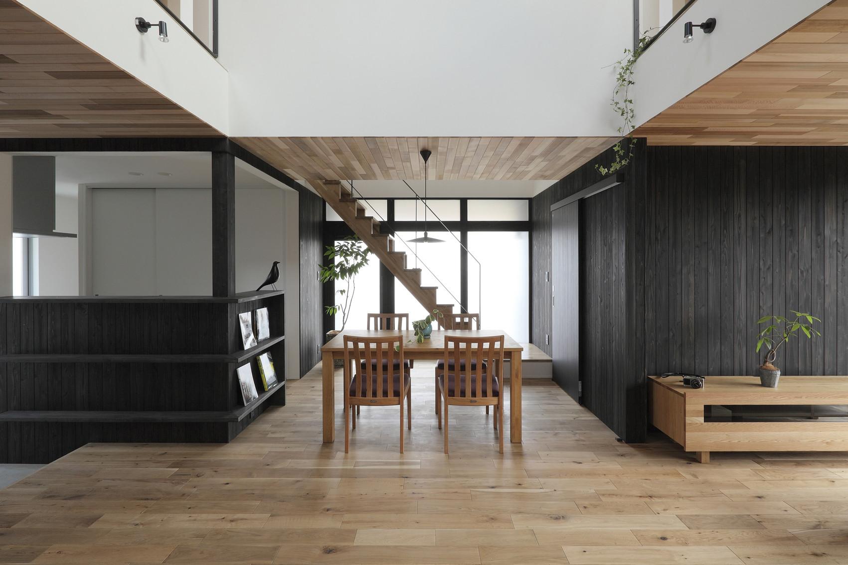 Suehiro Hous / ALTS Design Office