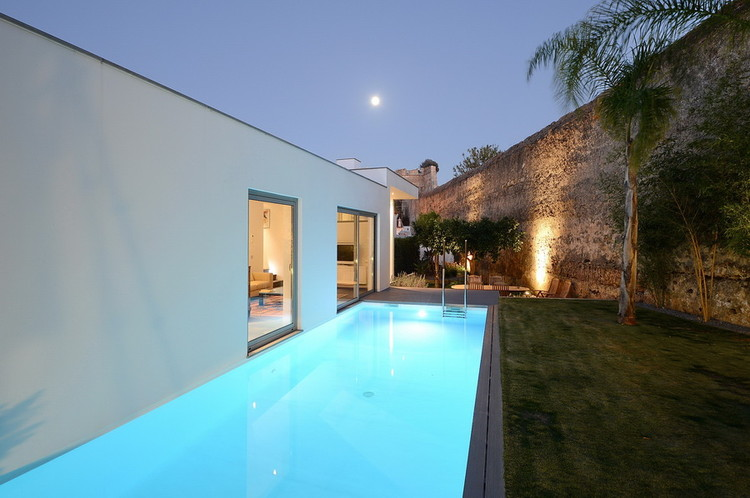 Casa Yard / Mario Martins Atelier, © Paulo Baptista