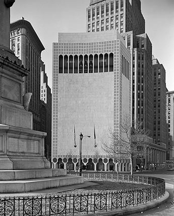 AD Classics: 2 Columbus Circle  / Edward Durell Stone & Associates, North Facade. Image © Ezra Stoller/Esto