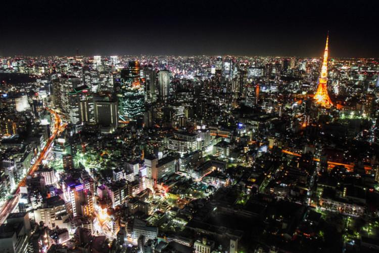 Como podemos implementar cidades inteligentes?, Tokyo. Image © Clry2