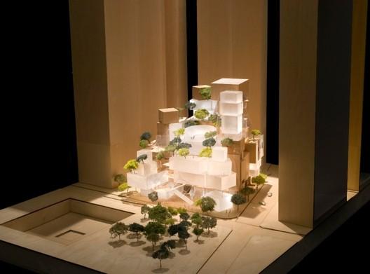Original Proposal. Image © Gehry Partners