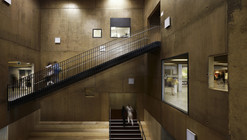 A Place of Exchanges / zigzag architecture