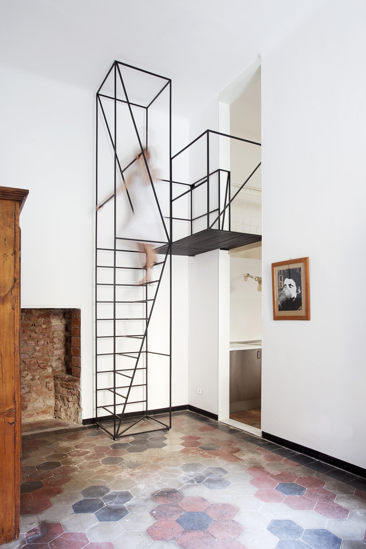 En detalle escalera casa c francesco librizzi - Modelos de escaleras de madera ...