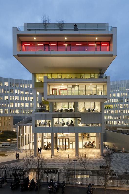 SFR Headquarters  / Jean-Paul Viguier et Associés, © Éric Sempé