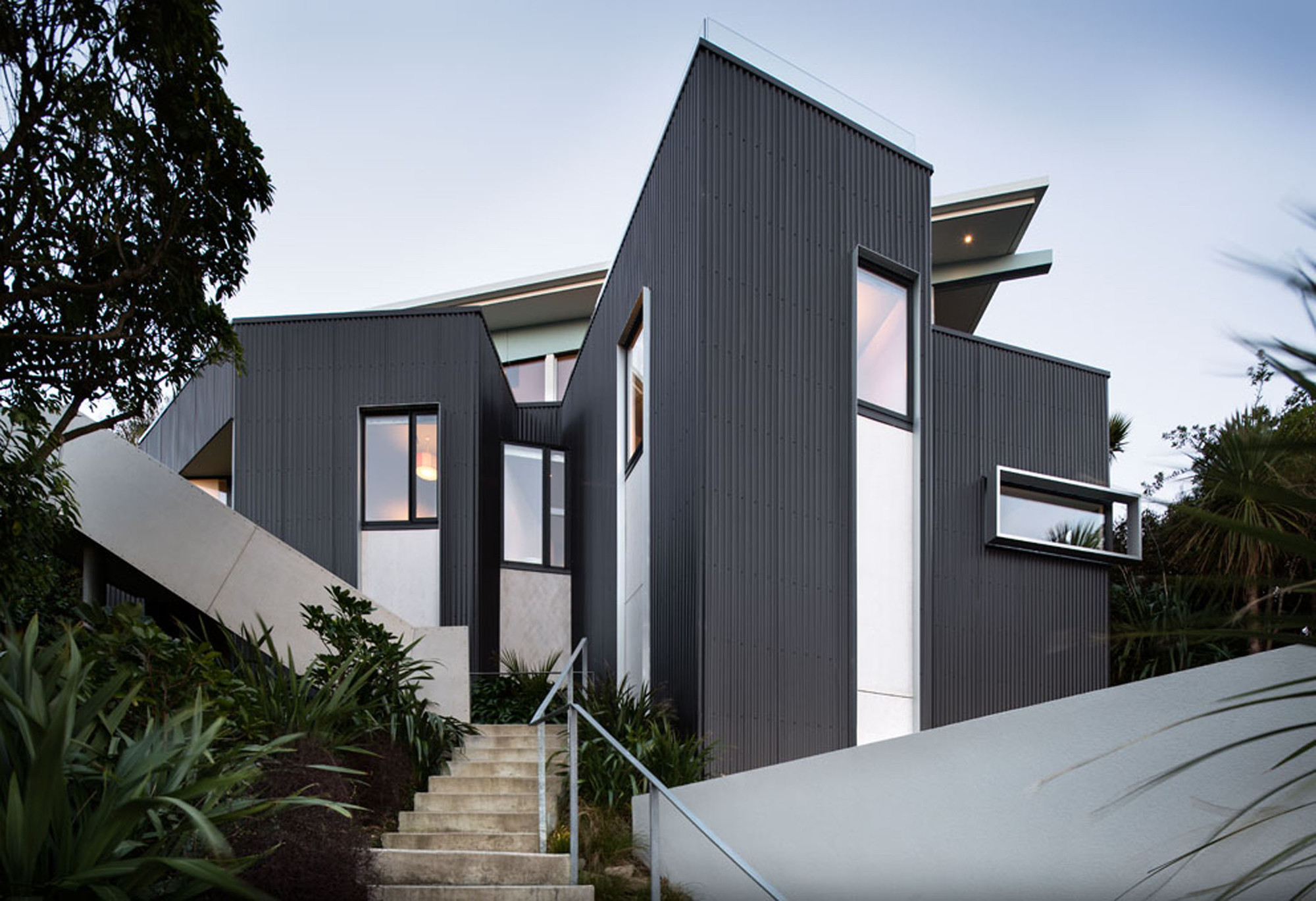Seatoun Heights House / Parsonson Architects,  Paul McCredie
