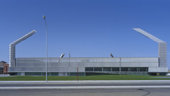 Estádio La Balastera / Francisco Mangado