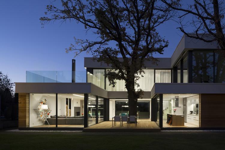 Casa 2 Carvalhos / OBIA, © Georgi Ivanov