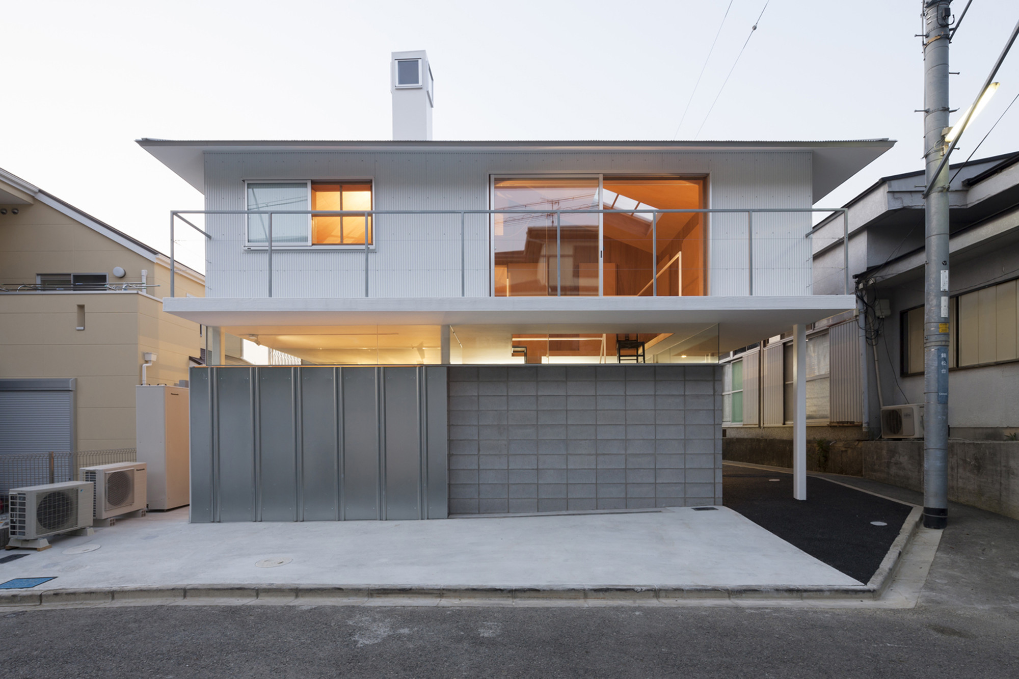 House in Kawanishi / Tato Architects, © Shinkenchiku Sha