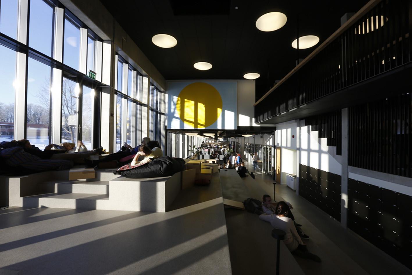 Viljandi State High School / Salto AB