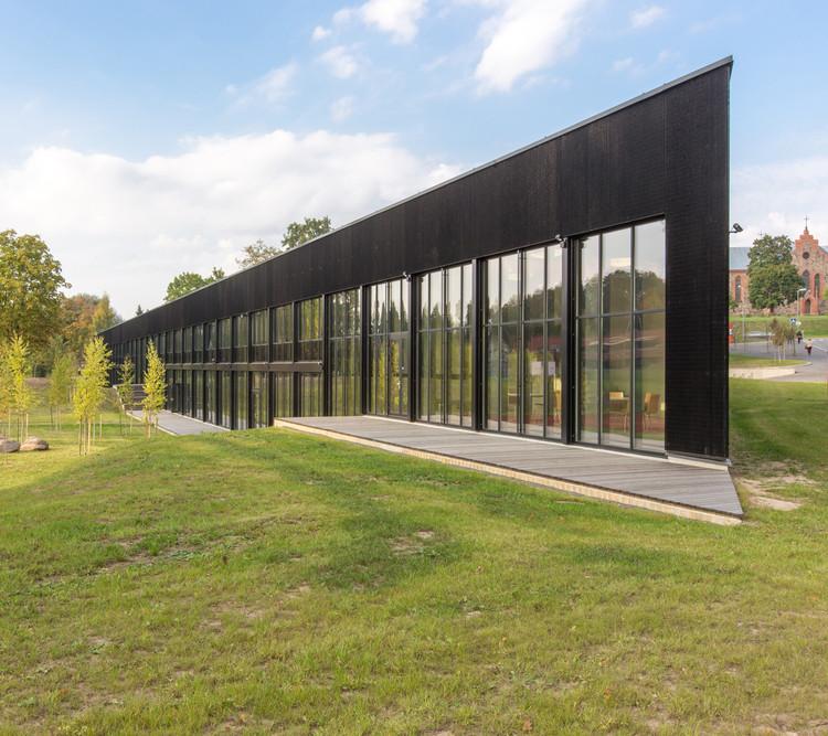 Escola de Ensino Médio em Viljandi / Salto AB, Cortesia de Karli Luik