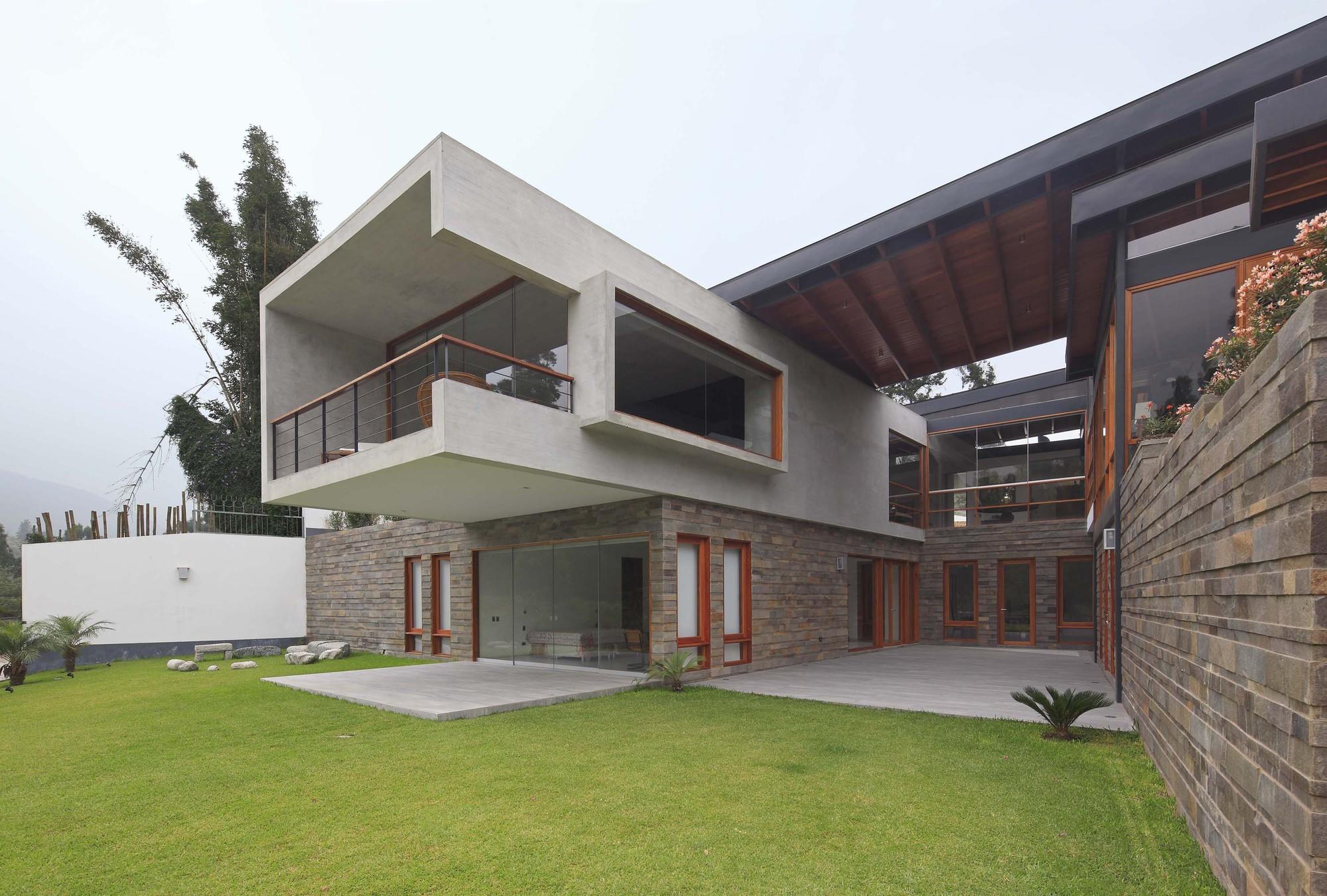 Abanico House  / Cynthia Seinfeld Lemlig , © Juan Solano