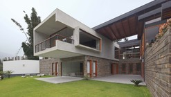 Casa Abanico  / Cynthia Seinfeld Lemlig
