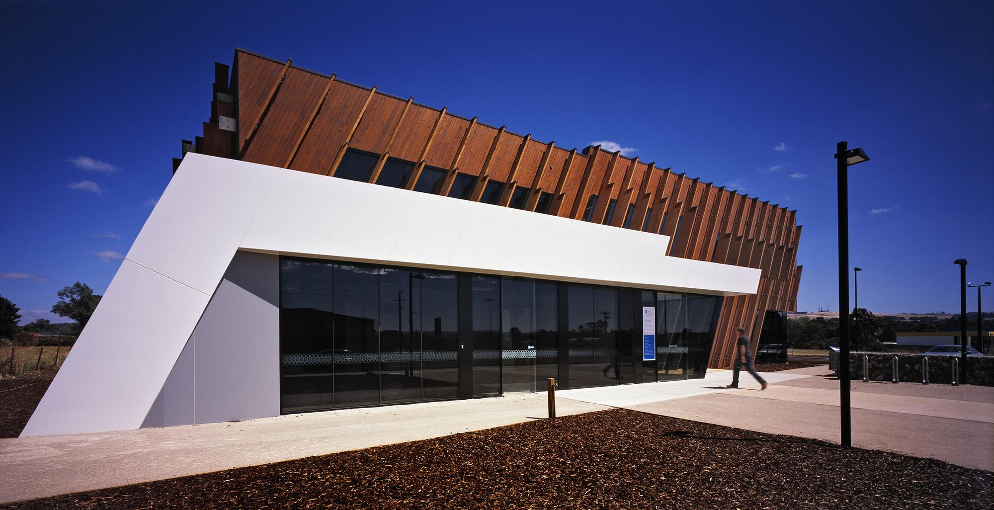Nexus Health GP Super Clinic / Billard Leece Partnership