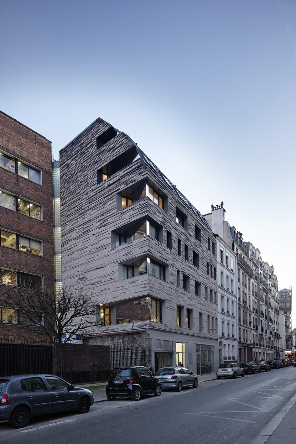 gallery of villa des sciences log architectes 1. Black Bedroom Furniture Sets. Home Design Ideas