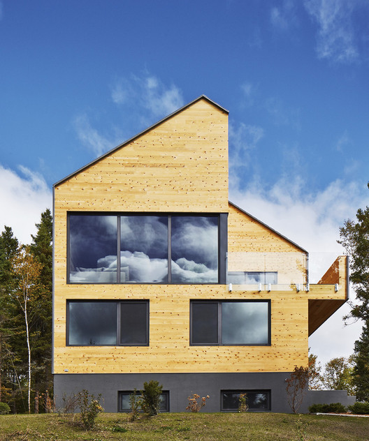 Malbaie VIII Residence / MU Architecture, © Ulysse Lemerise Bouchard