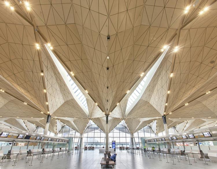 Aeropuerto Internacional de Pulkovo / Grimshaw Architects + Ramboll + Pascall+Watson, Cortesía de Grimshaw Architects