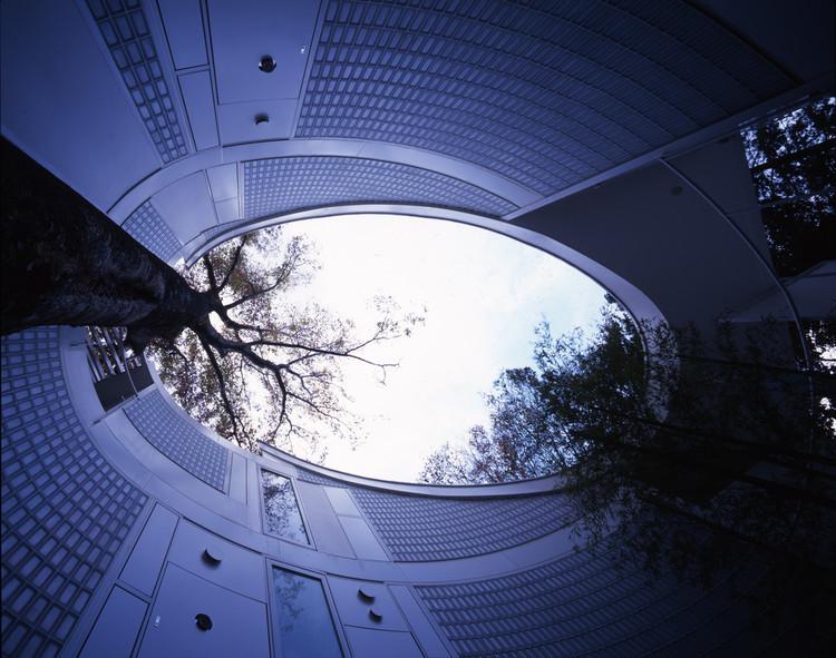 """Exposição """"Onde Vivem os Arquitetos"""" no Salão Internacional do Móvel em Milão, Shigeru Ban's Tokyo house. Image © Hiroyuki Hirai"""