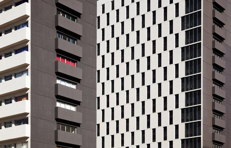 Vencedores do Prêmio APCA na categoria Arquitetura, Conjunto Residencial Jardim Edite. Image © Nelson Kon